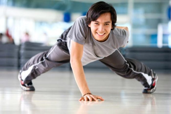 Cviky svlastným telom a budovanie svalovej hmoty