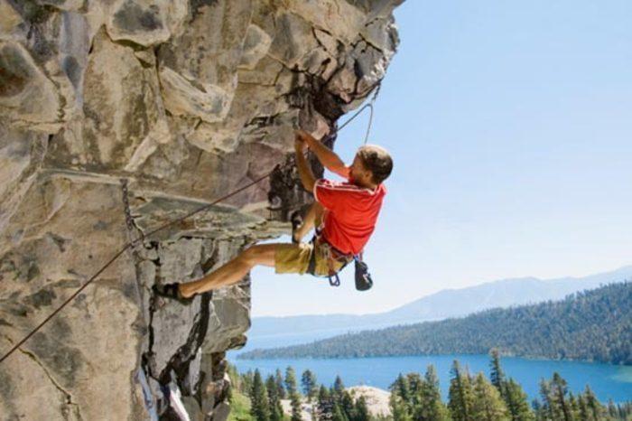Kondícia pre lezenie na skalách ana umelých stenách